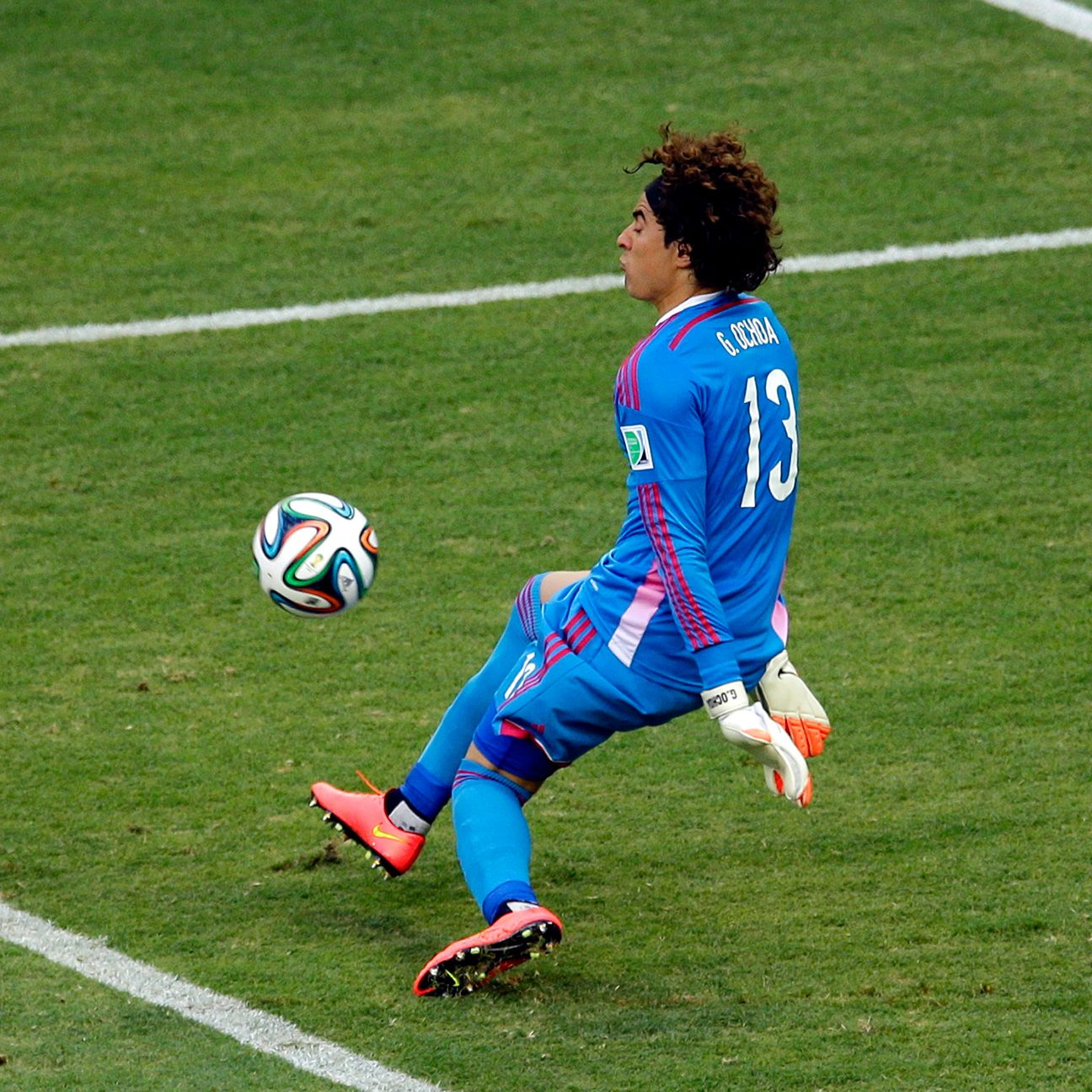 The performance of Memo Ochoa on Tuesday versus Brazil will have likely caught the attention of many top European clubs.