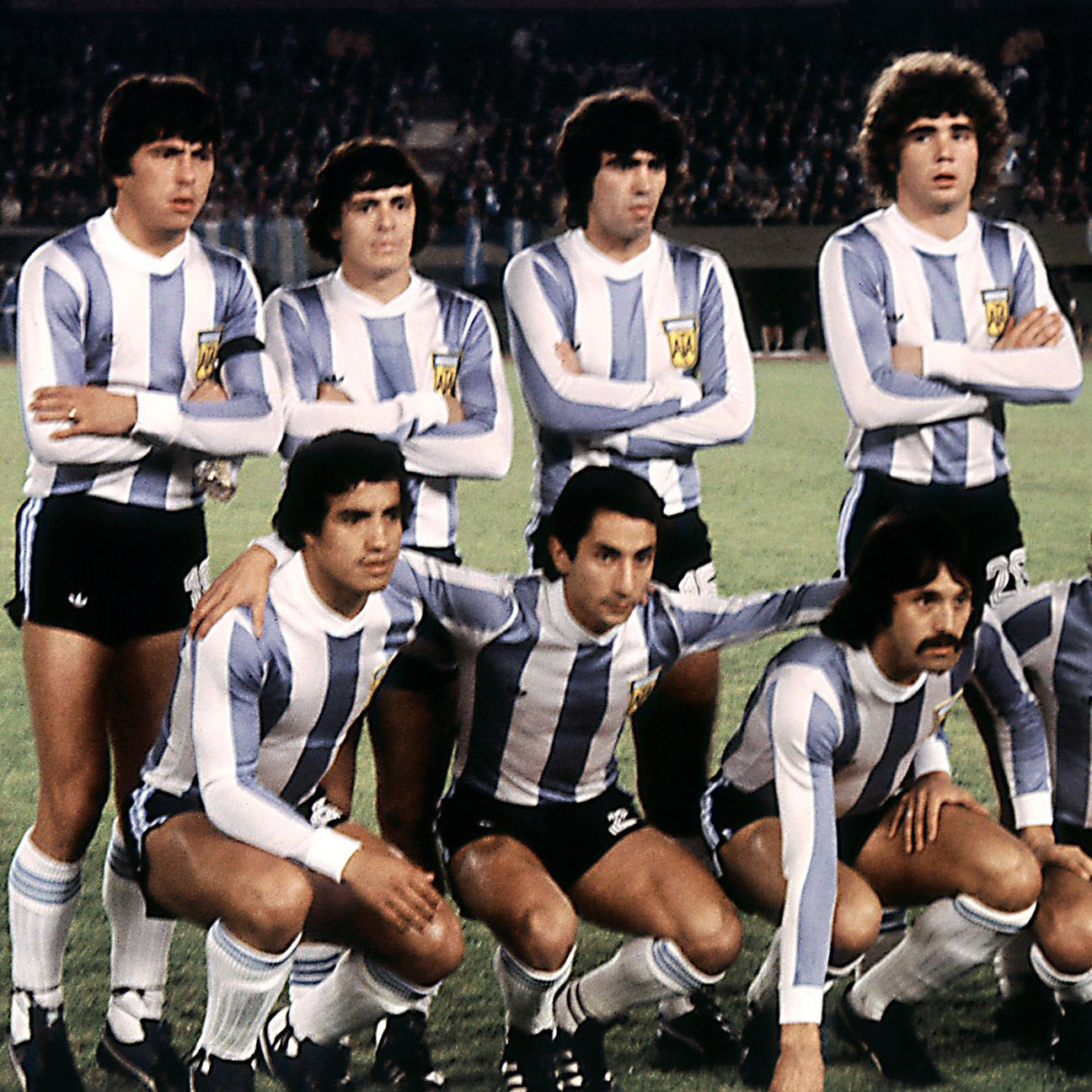 Rene Houseman, top row second from left, with the 1978 Argentina squad.