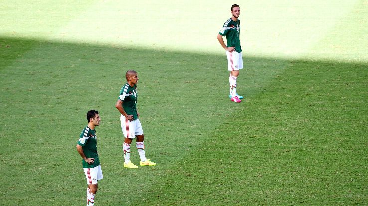 Mexico was left to rue another missed opportunity in the second round of the World Cup.