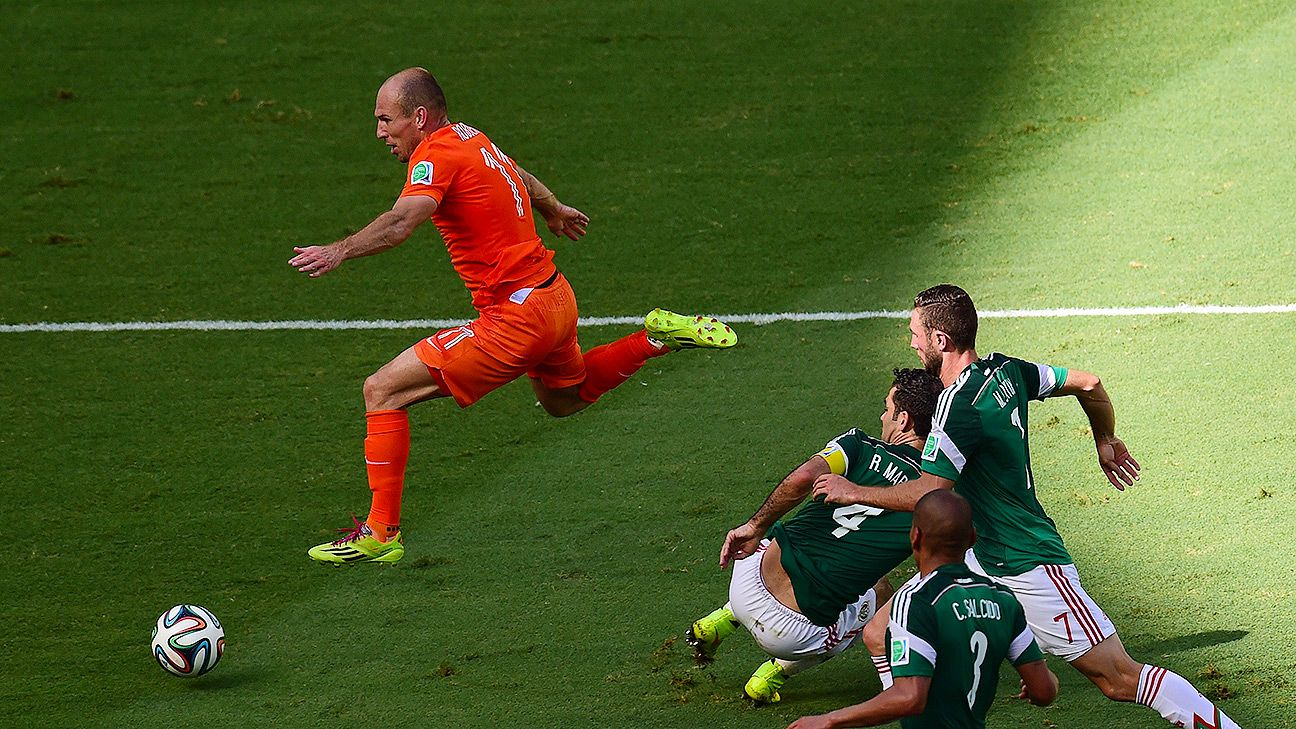 Arjen Robben and the Netherlands hope to leap past another CONCACAF side in Saturday's quarterfinal versus Costa Rica.