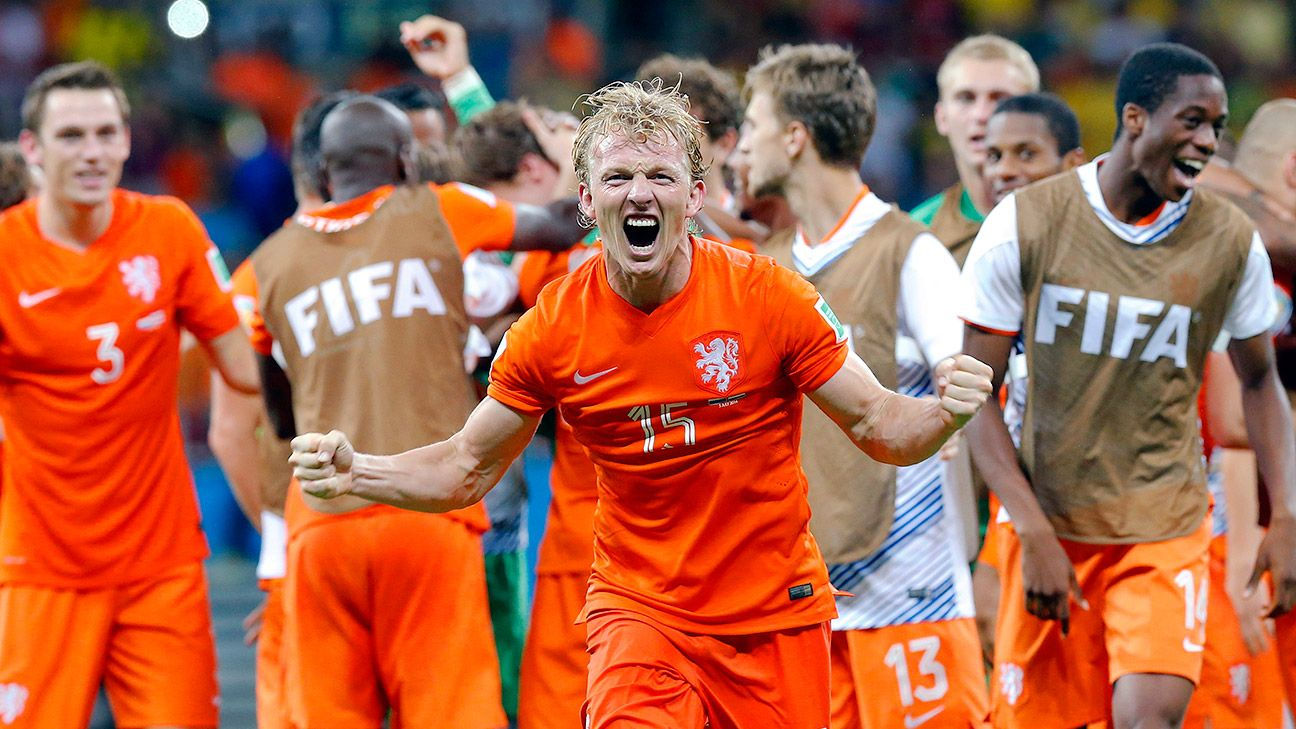 Dirk Kuyt and the Netherlands are one step away from returning to the World Cup final.