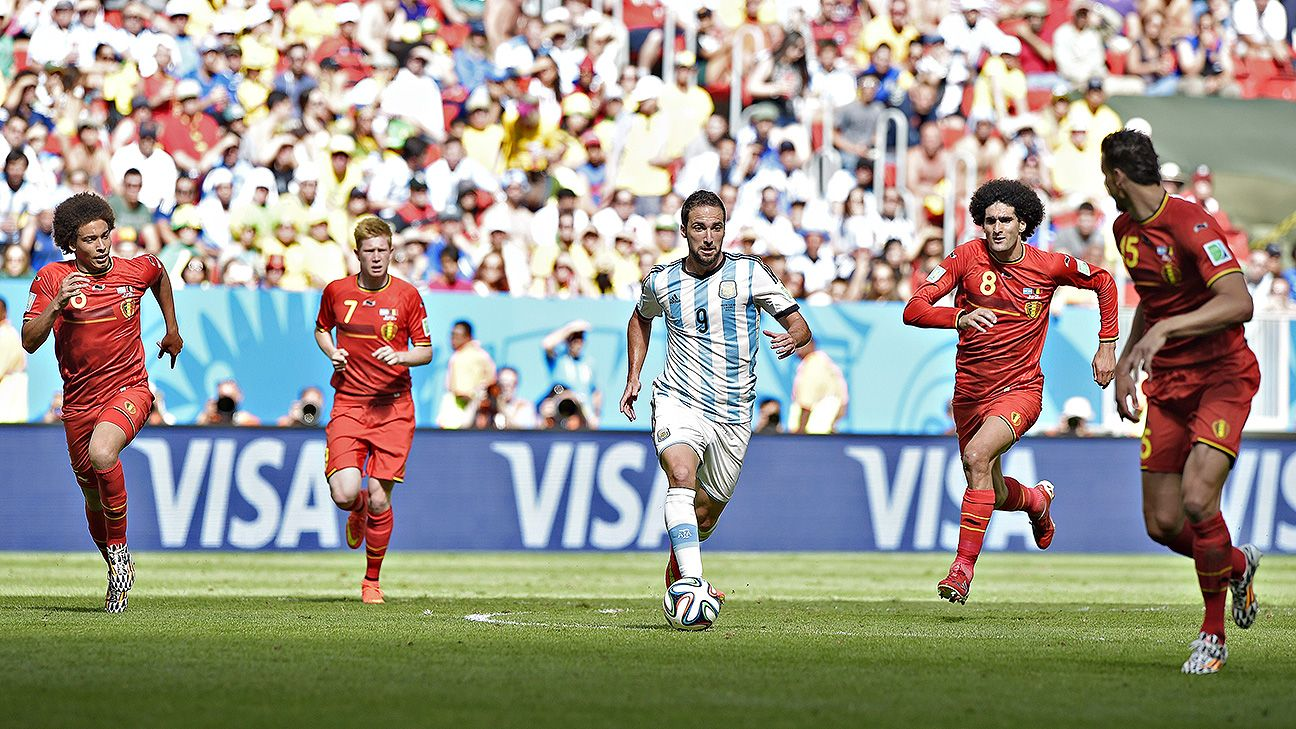 Gonzalo Higuain found his scoring form just in time for Argentina. Ron Vlaar must mark him closely in the semifinal.