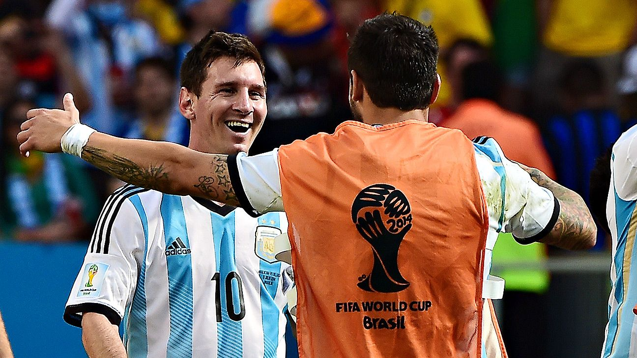 Lionel Messi won't have Angel Di Maria vs. the Dutch, but Gonzalo Higuain is capable of filling that void.