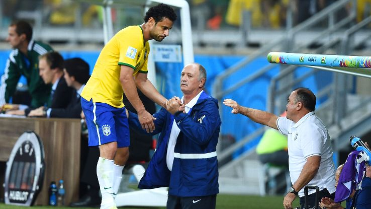 The persistence with failing tactics like the use of Fred is proof of Brazil's stagnation.