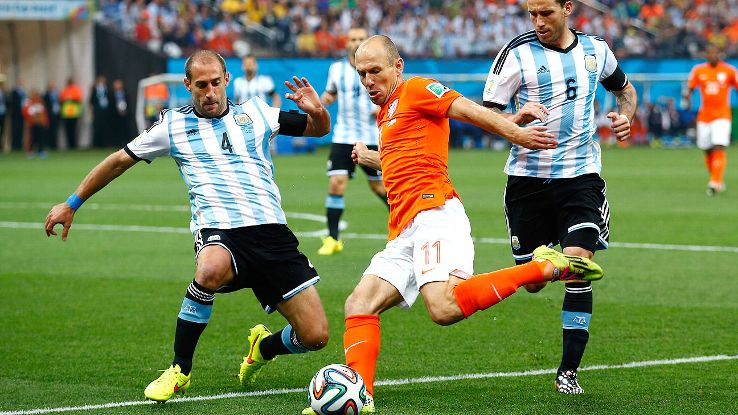 Try as he did, Arjen Robben couldn't impose himself on Argentina.