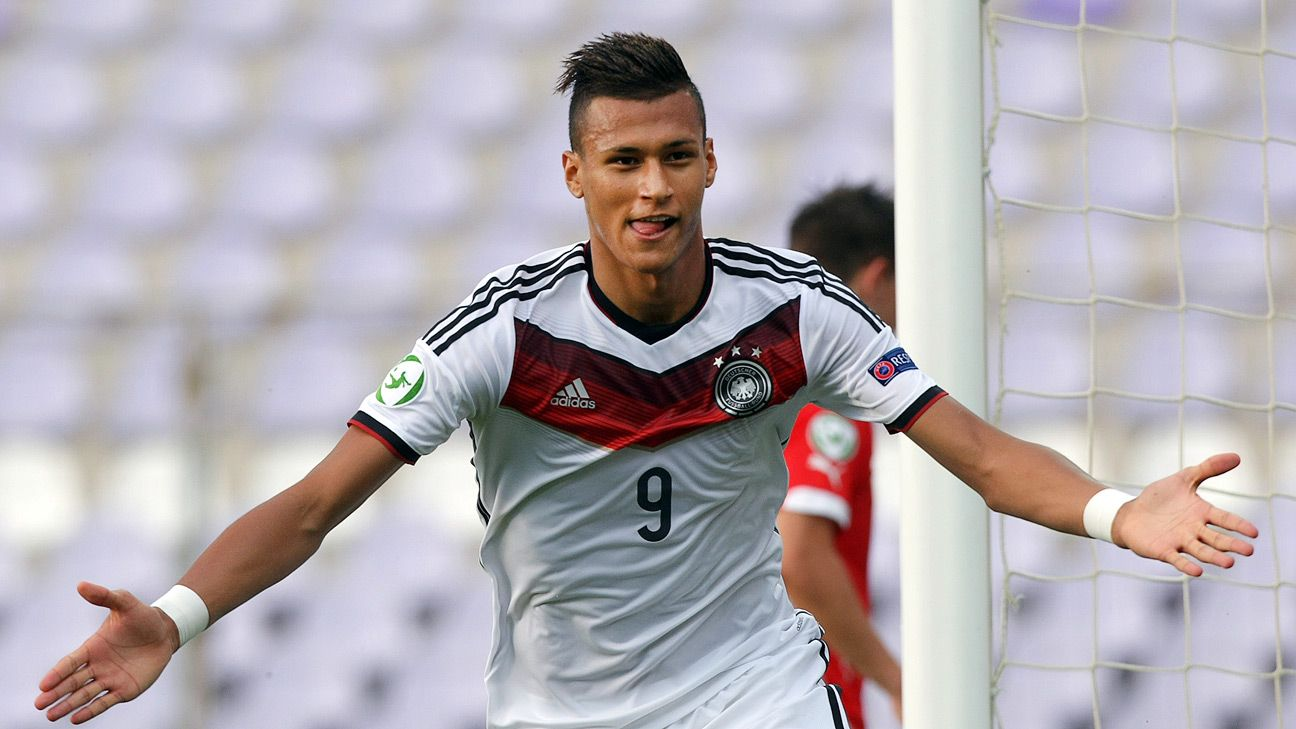 Werder Bremen Starlet Davie Selke Pens New Deal Until 2018