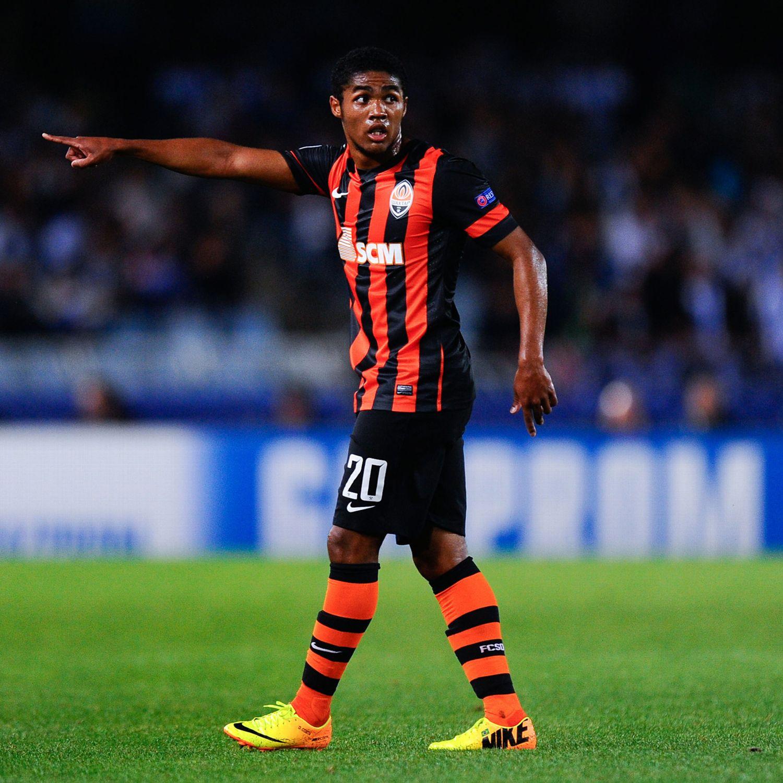 Shakhtar Donetsk Douglas Costa Chelsea move dream - ESPN FC