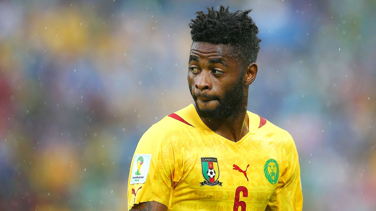 Might Alex Song be Man United's next midfield man?