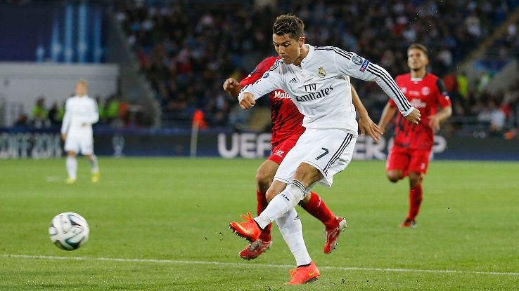 Cristiano Ronaldo showed no signs of preseason rust in scoring Real Madrid's two goals in their Super Cup triumph over Sevilla.