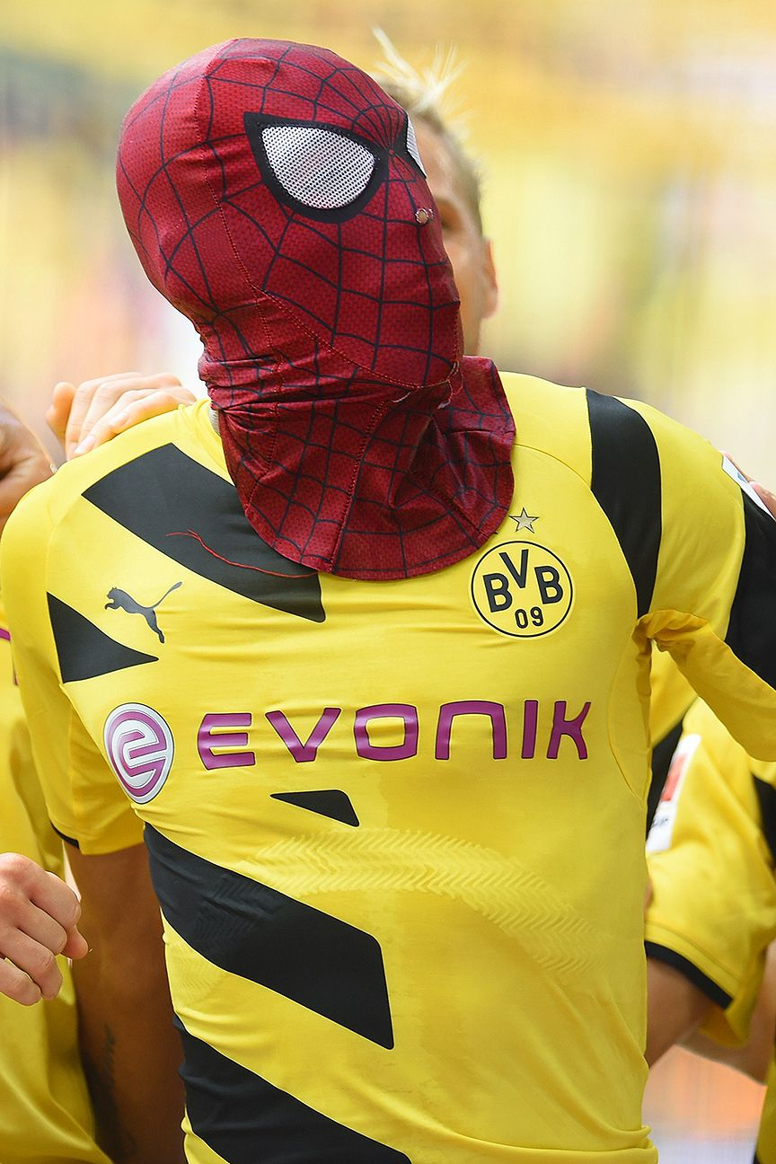 Pierre-Emerick Aubameyang celebrated his goal versus Bayern Munich in superhero style.