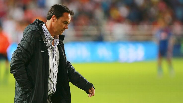 The speculation about the future of Carlos Bustos at Guadalajara will only increase should Chivas fail to defeat Santos at home this weekend.