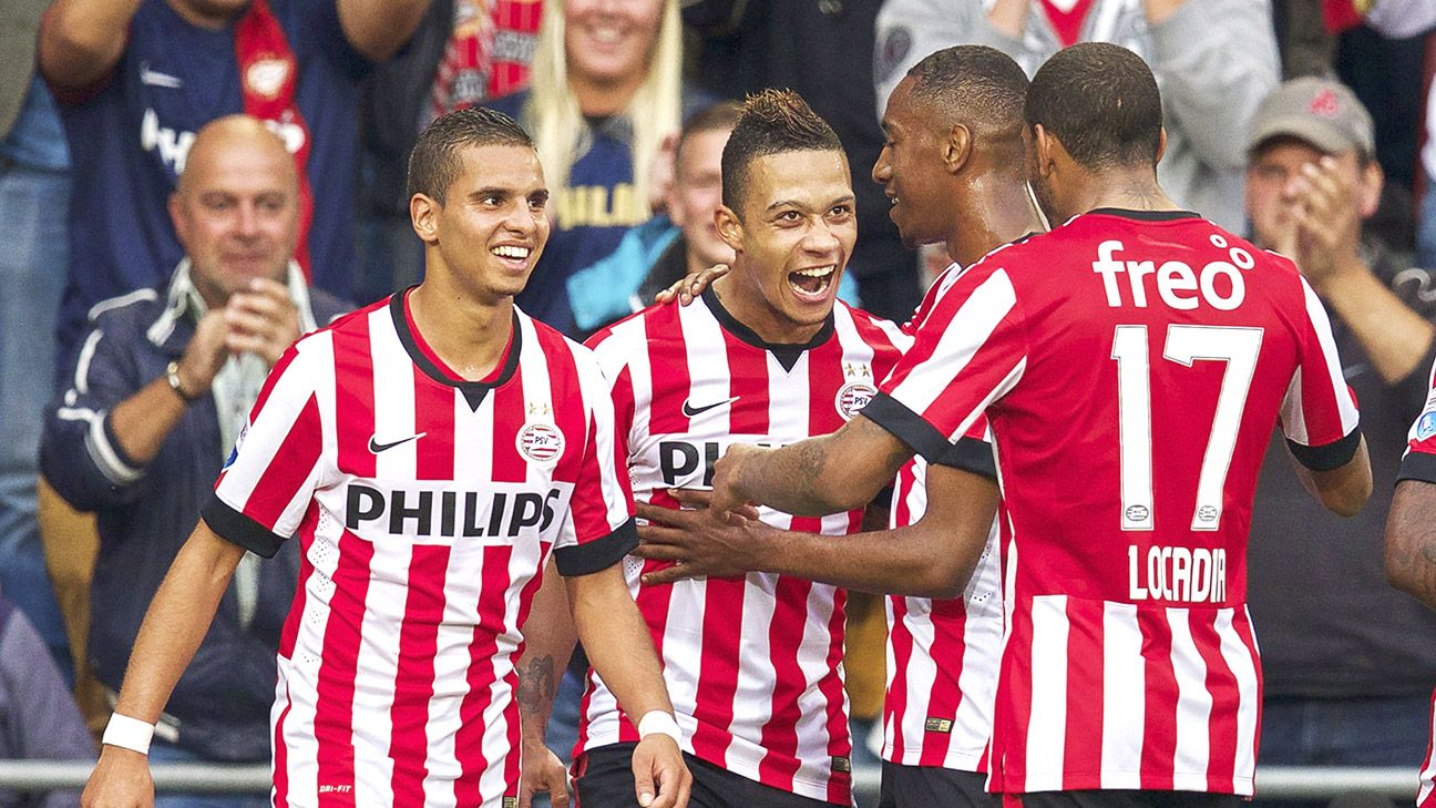 Players from Dutch club PSV Eindhoven were drenched an extra amount while doing their Ice Bucket Challenge.