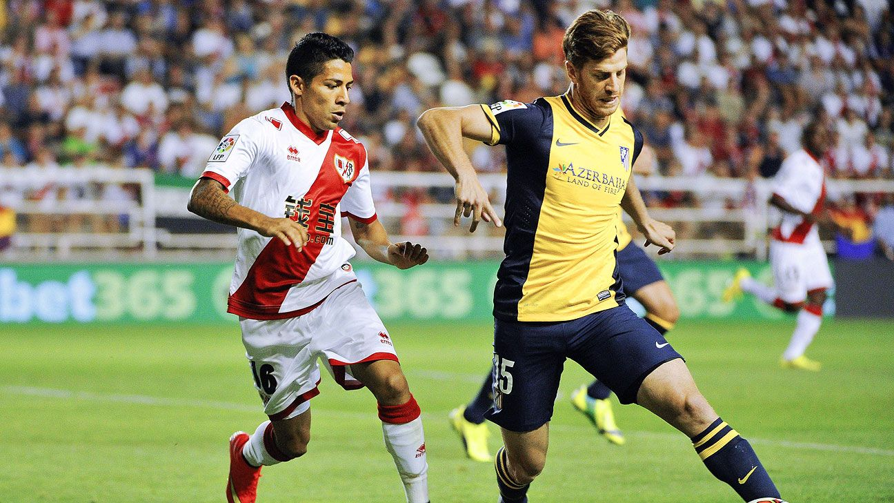 Javier Aquino, left, put in a stellar performance in Rayo Vallecano's opening day draw versus Atletico Madrid.