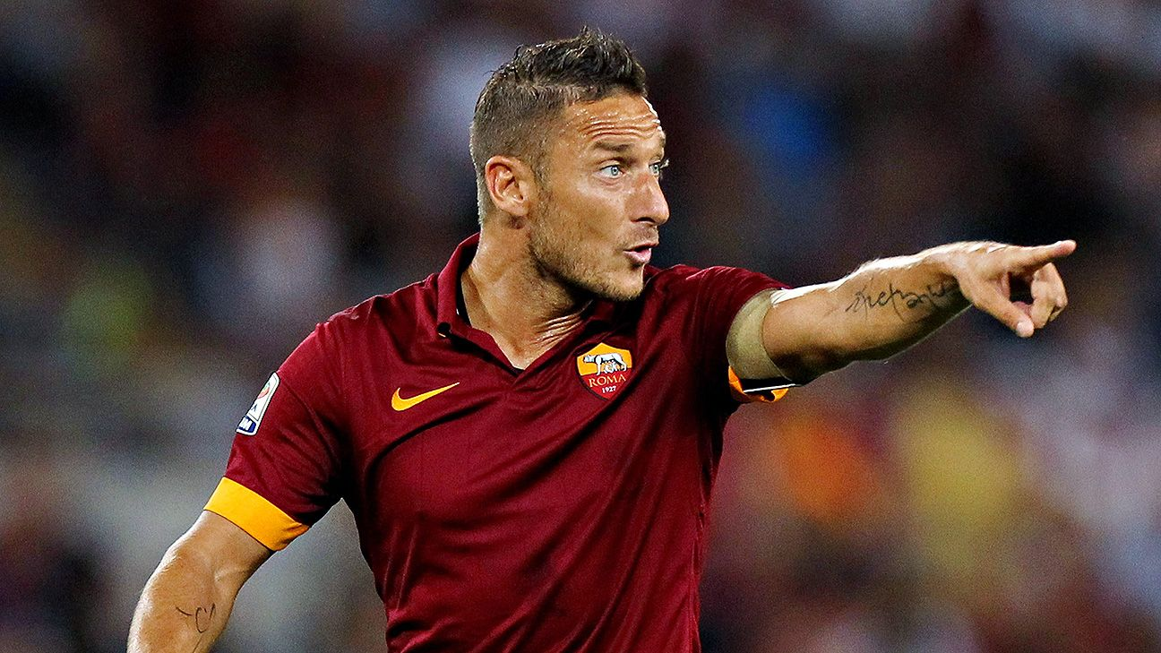 Francesco Totti will continue to play for Roma GM Mauro