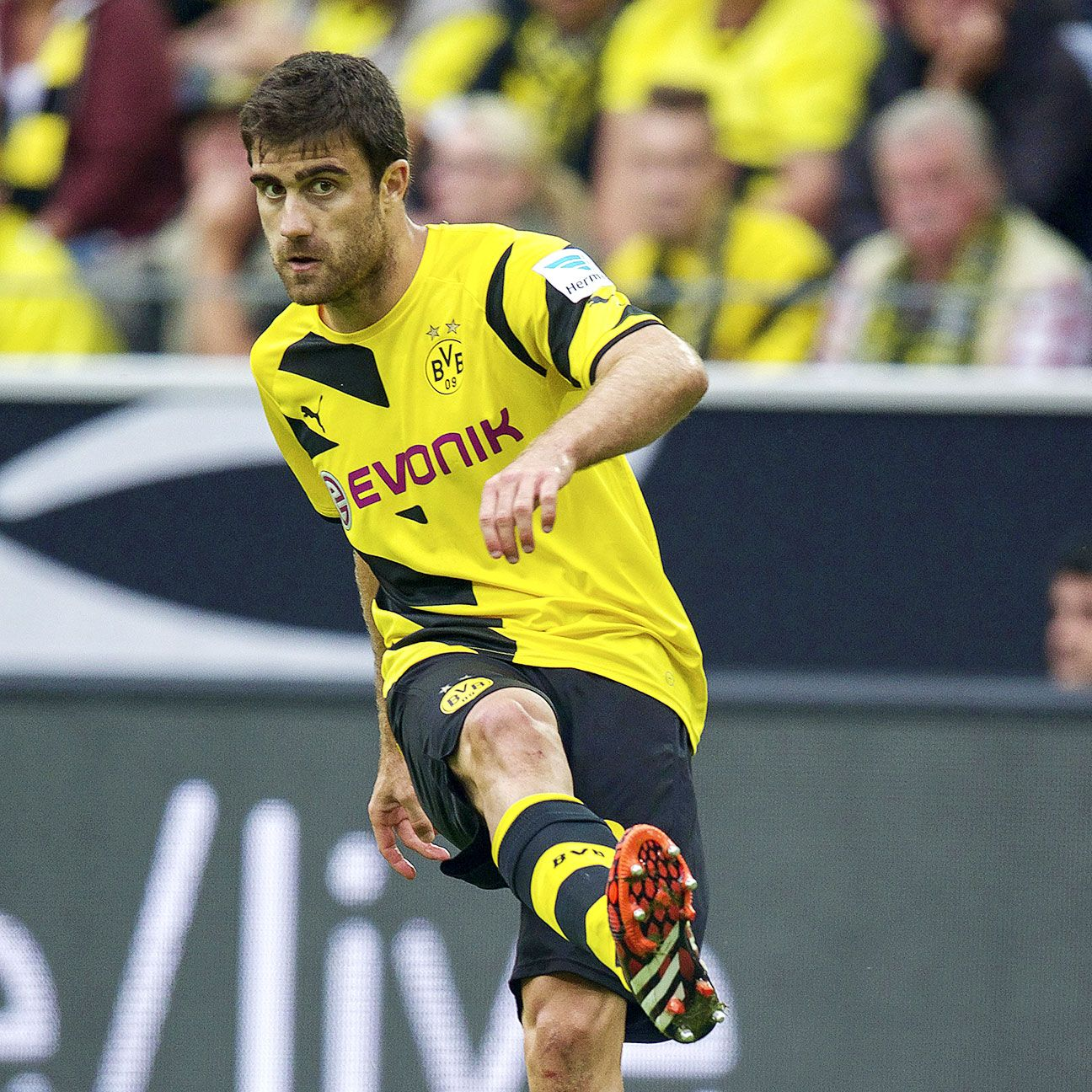 Dortmund's Sokratis Papastathopoulos could end up facing his current teammates in the Champions League should he complete a move to Arsenal.
