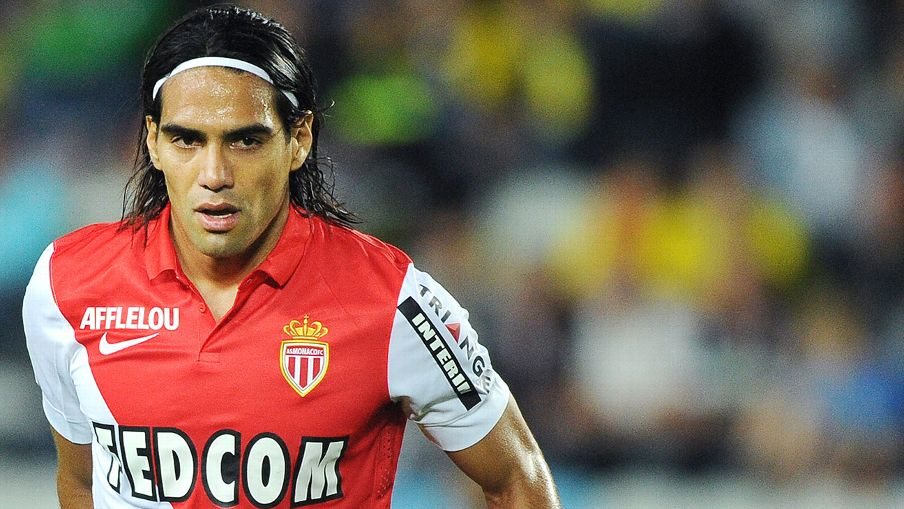 With Olivier Giroud out until 2015, the suddenly available Radamel Falcao would bolster the Arsenal strike force.
