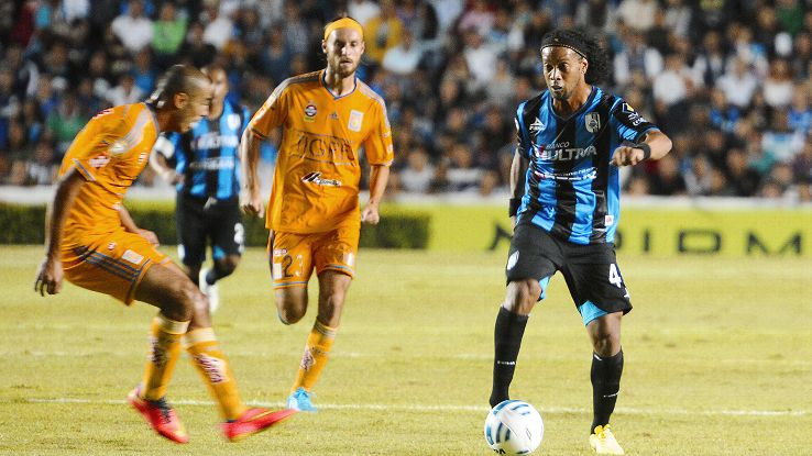 Ronaldinho showed some spark at times in his Queretaro debut, but it was not enough to overcome Tigres in their Copa MX clash.