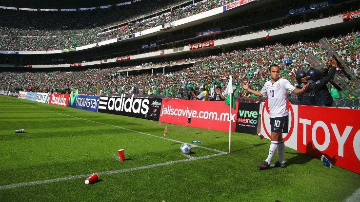 There was no love lost between Landon Donovan and Mexico fans, as famously captured in El Tri's 2-1 win over the U.S. in a 2009 World Cup qualifier at the Estadio Azteca.