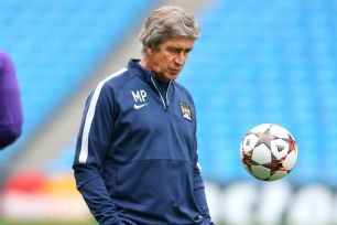 Many are curious to see which goalkeeper Manuel Pellegrini decides to start for Manchester City's crucial Champions League clash with Roma.