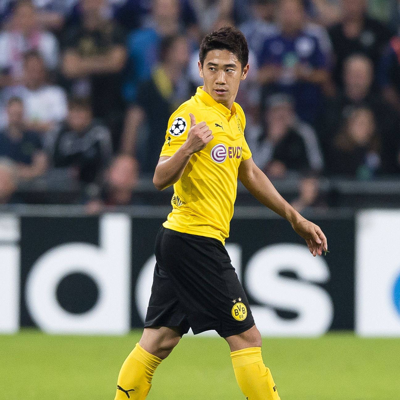 A fit Shinji Kagawa would provide a big boost for Dortmund against Hamburg.