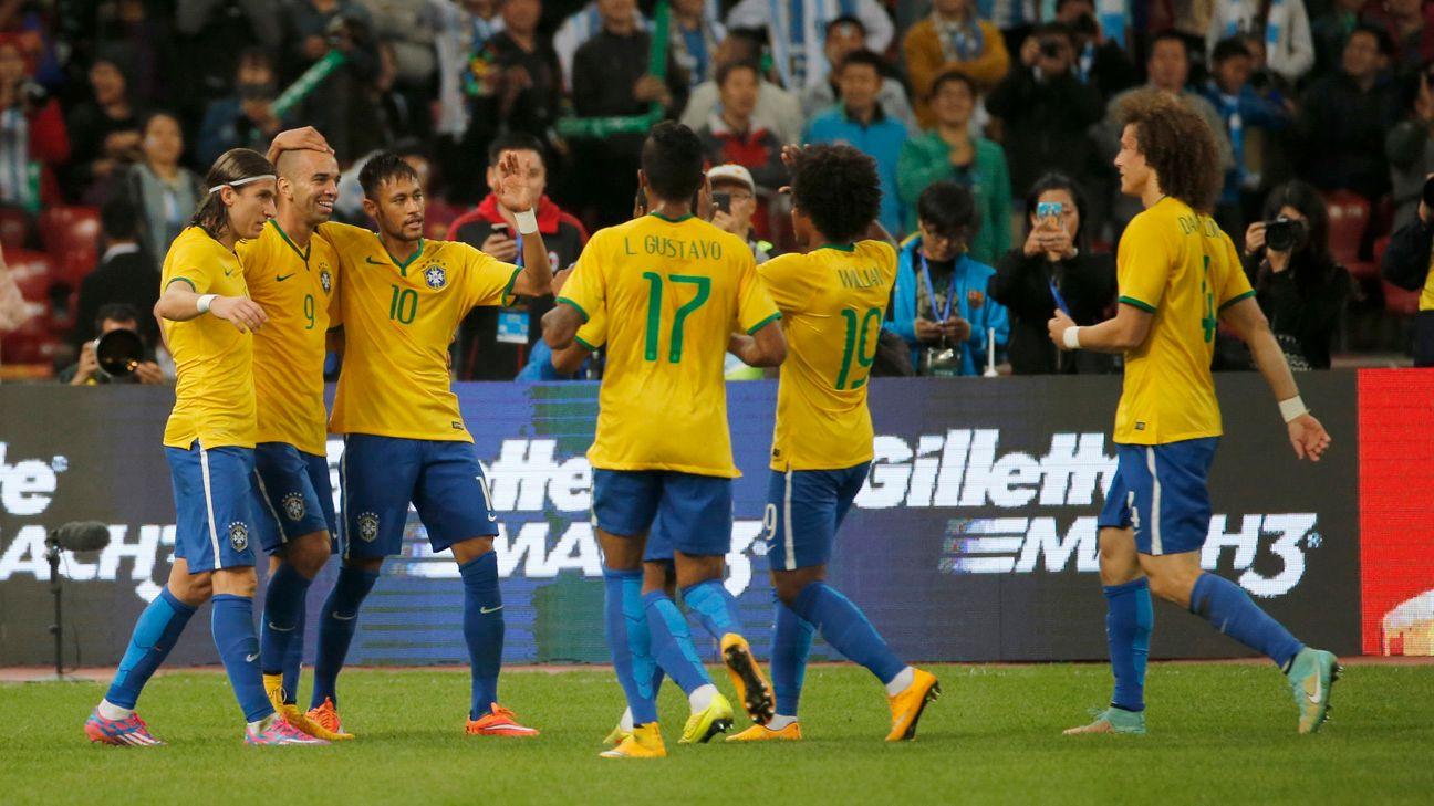 International Friendly - Brazil beat Argentina through Diego Tardelli brace as Lionel Messi misses penalty
