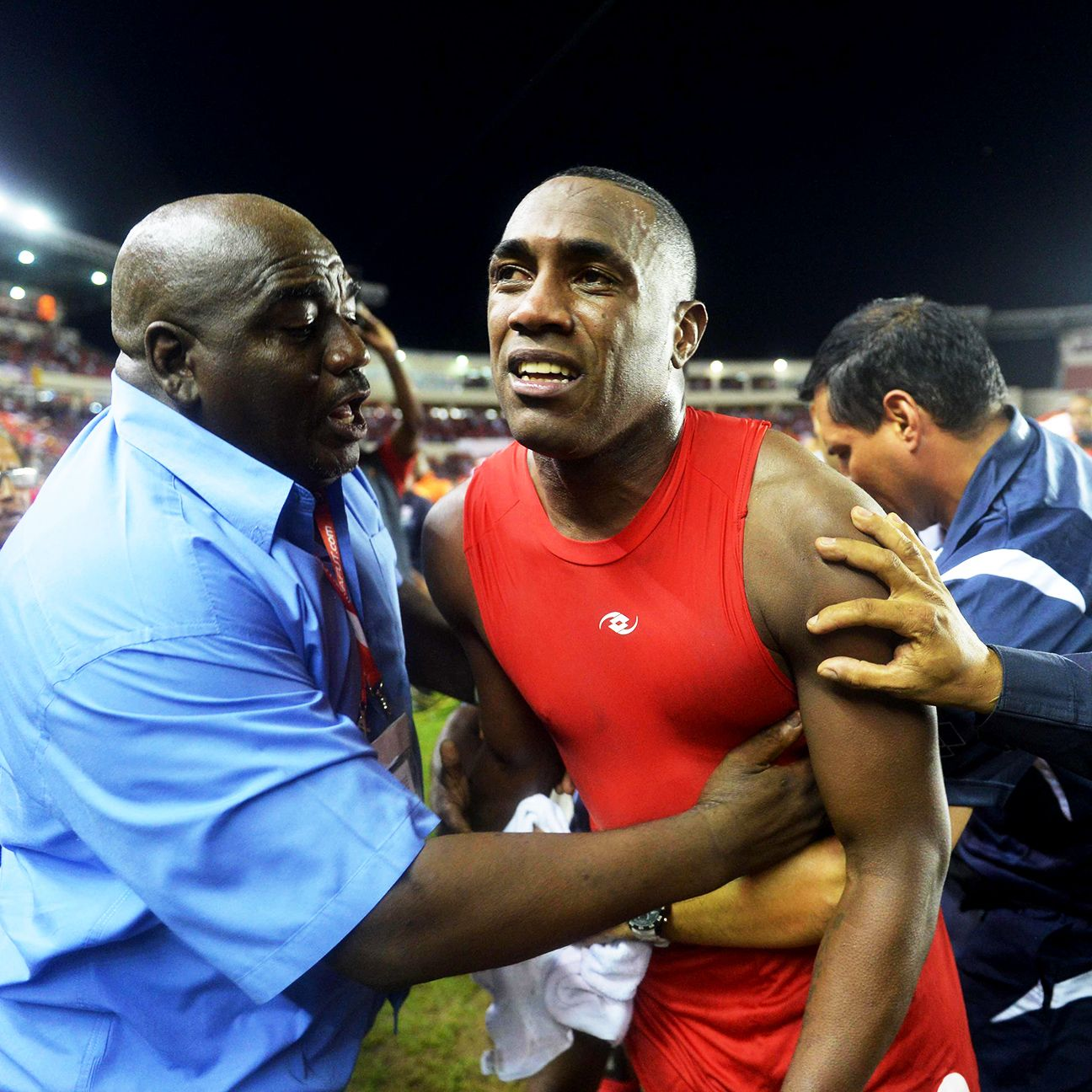 On track to be the hero for Panama, Luis Tejada's night ended in sorrow.