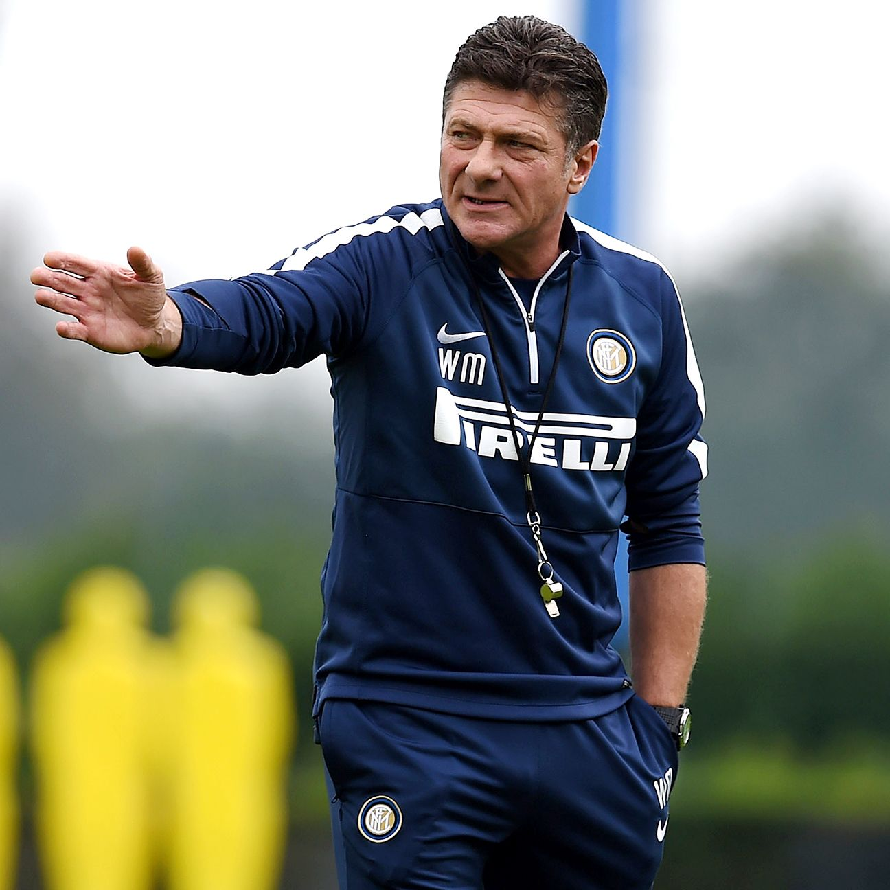 Should the poor results continue at Inter, manager Walter Mazzarri may be pointing himself to the exit doors.