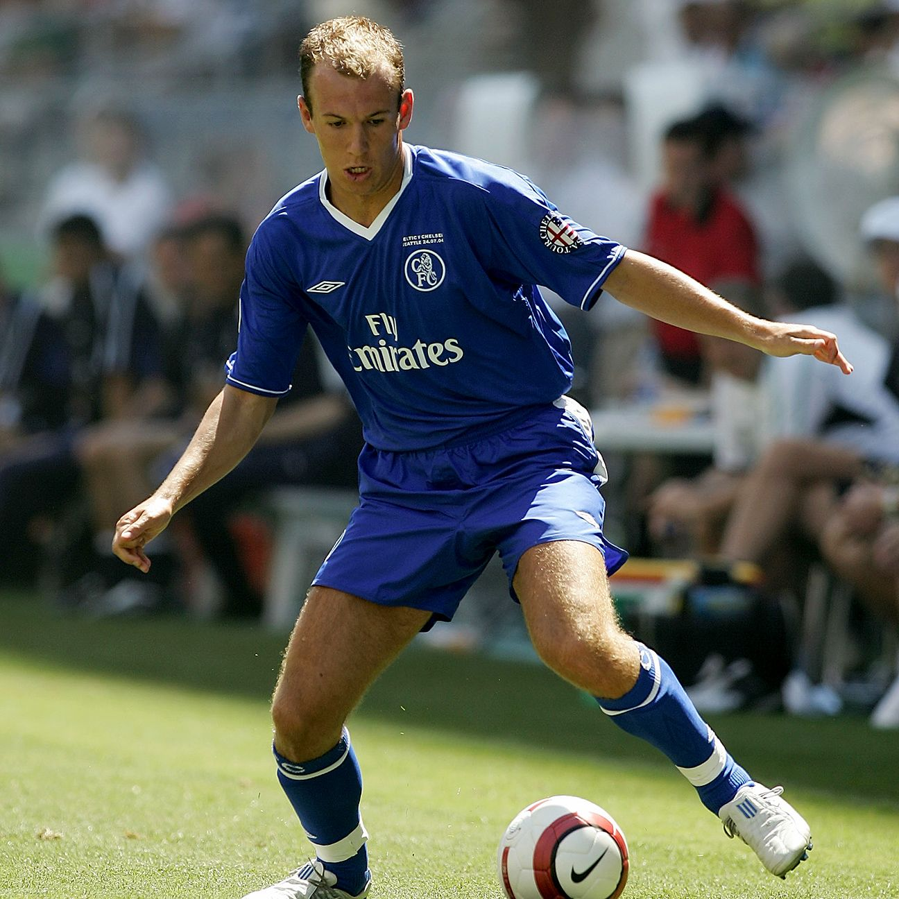 Arjen Robben nearly signed with Manchester United before arriving to Chelsea during the summer of 2004.