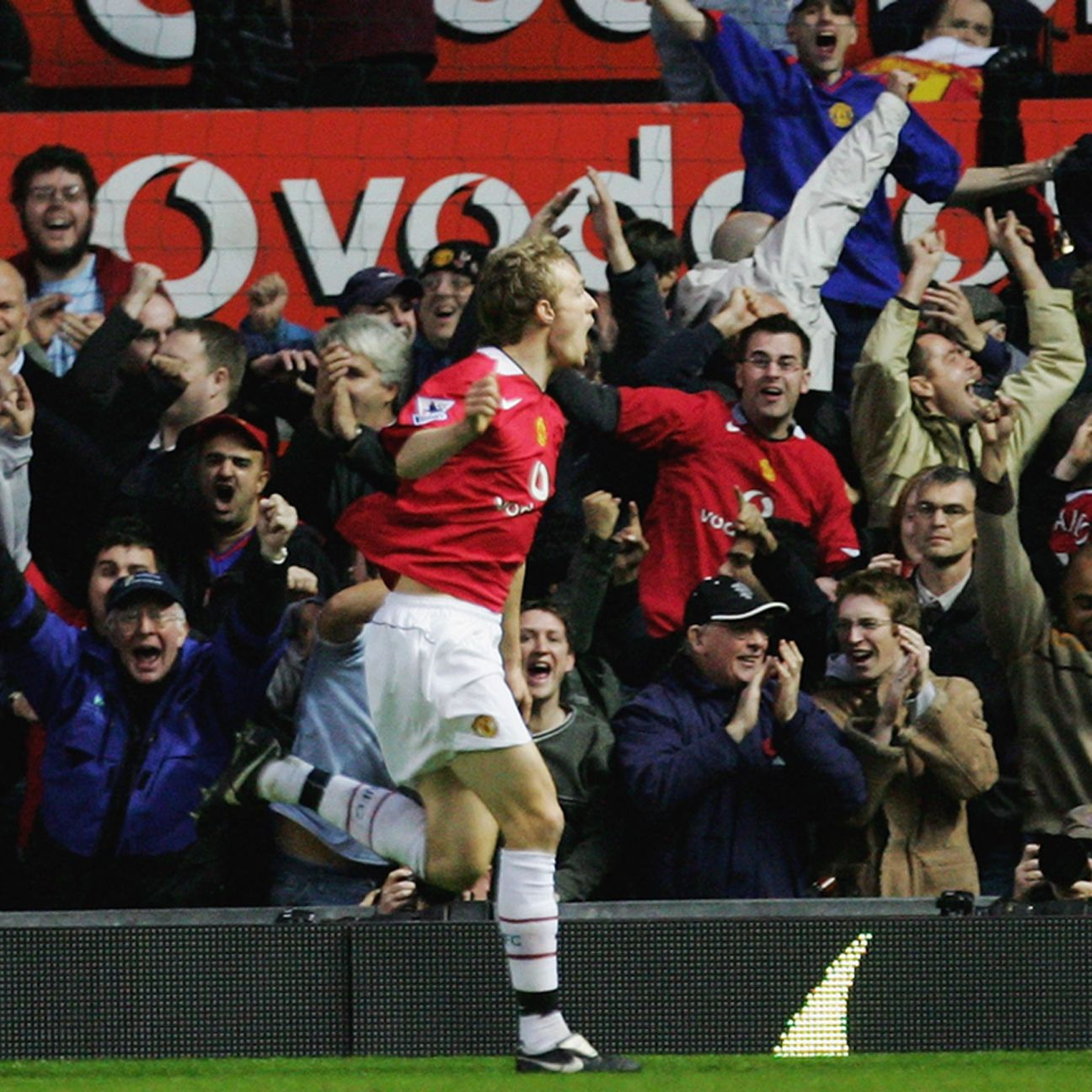 This Sunday, United fans will be hoping for a repeat of 2005, when Darren Fletcher's goal shocked Chelsea and lifted Sir Alex Ferguson's side to a 1-0 victory.