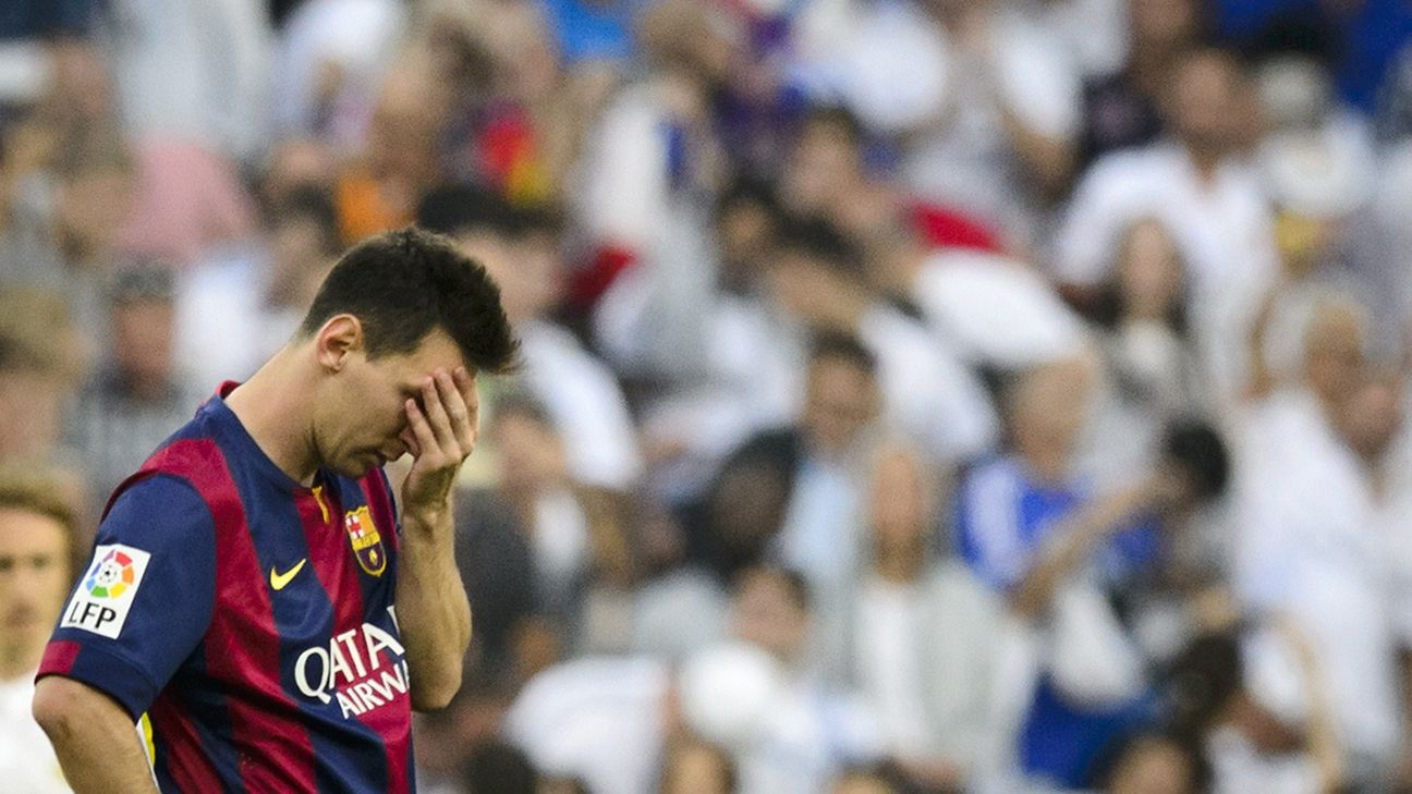 Barcelona's Lionel Messi treated for vomiting problem - report
