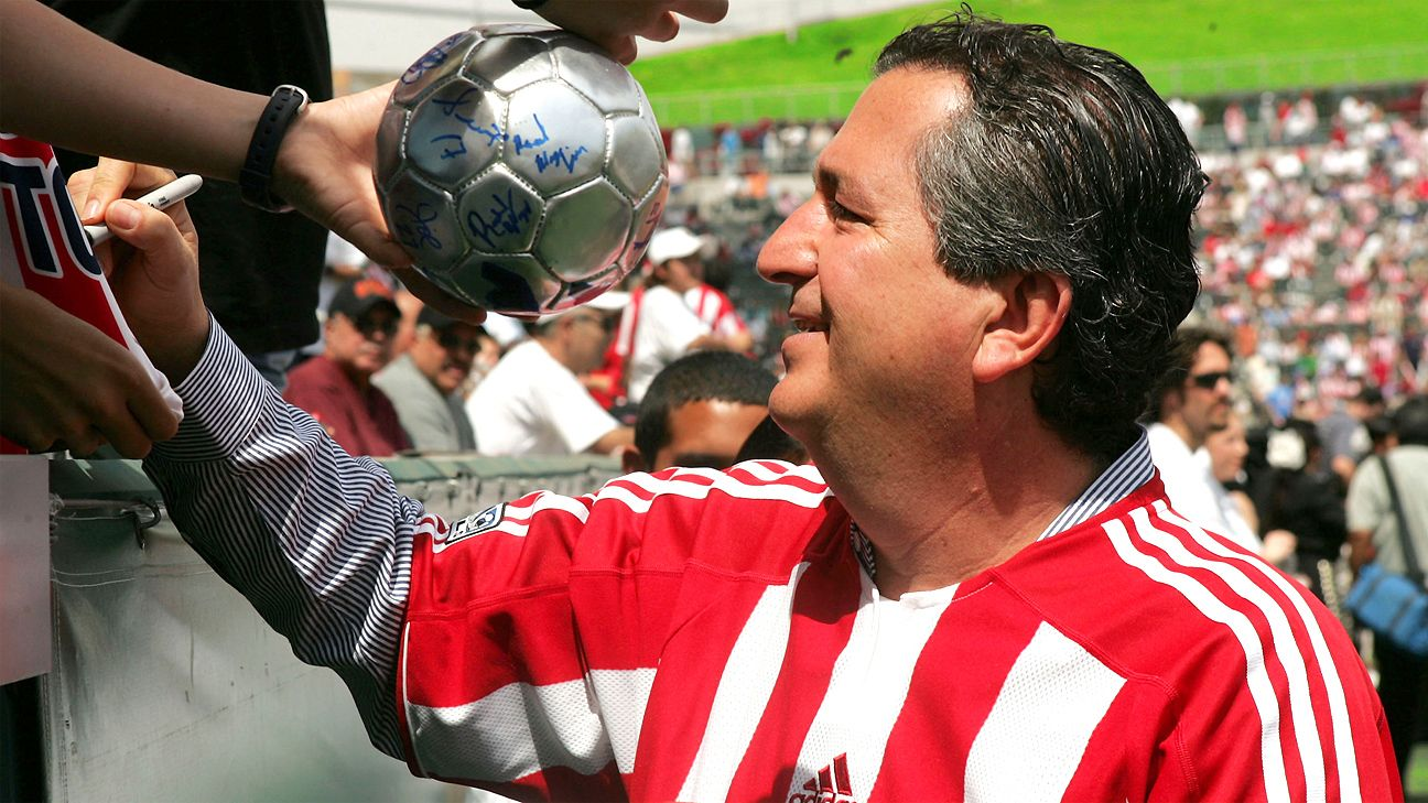 Hopes were high in 2005, as team owner Jorge Vergara greeted fans at Chivas USA's inaugural match.