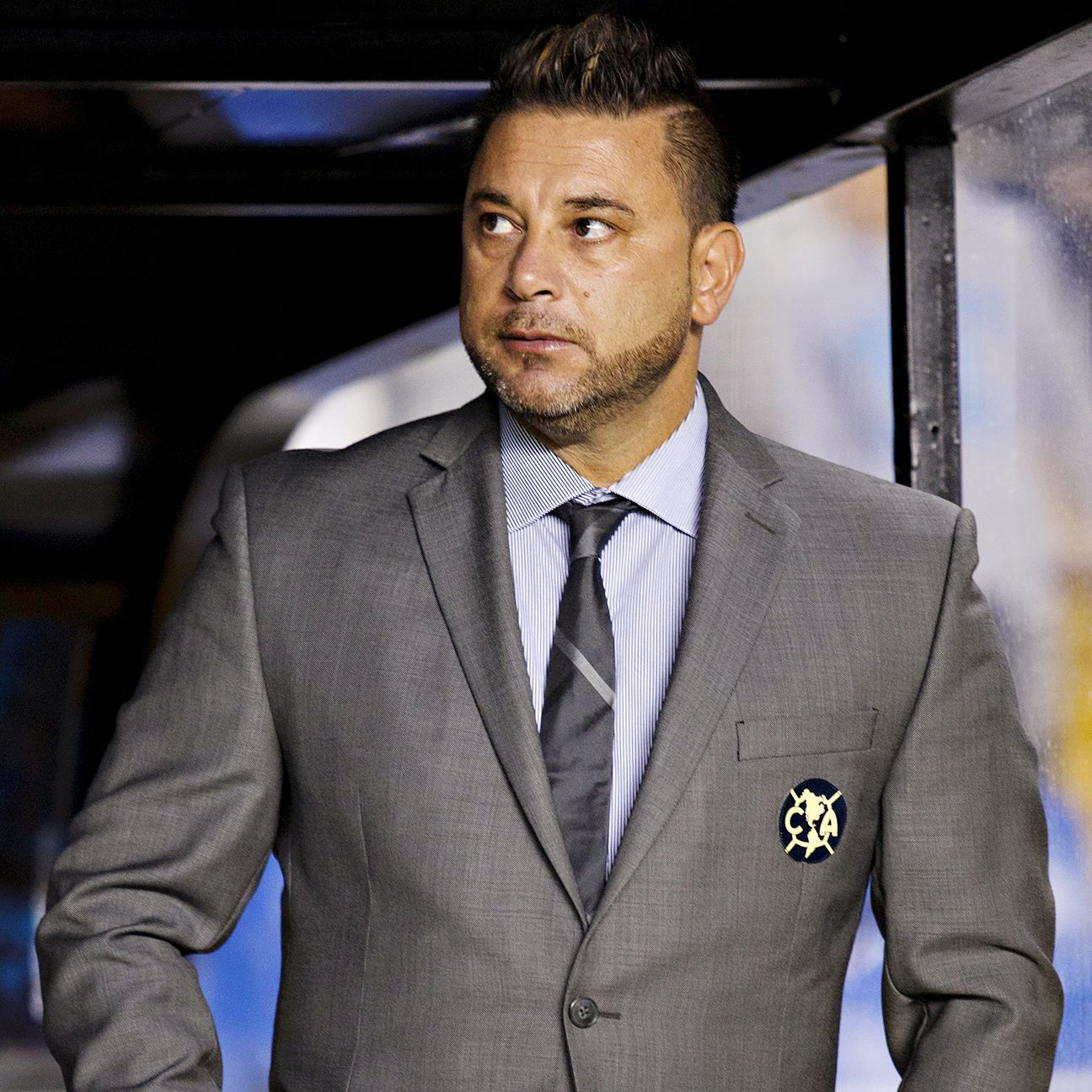Antonio Mohamed's Club America head into Saturday's <i>clasico nacional</i> with Chivas with some doubts following Friday's final-minute defeat at Queretaro.