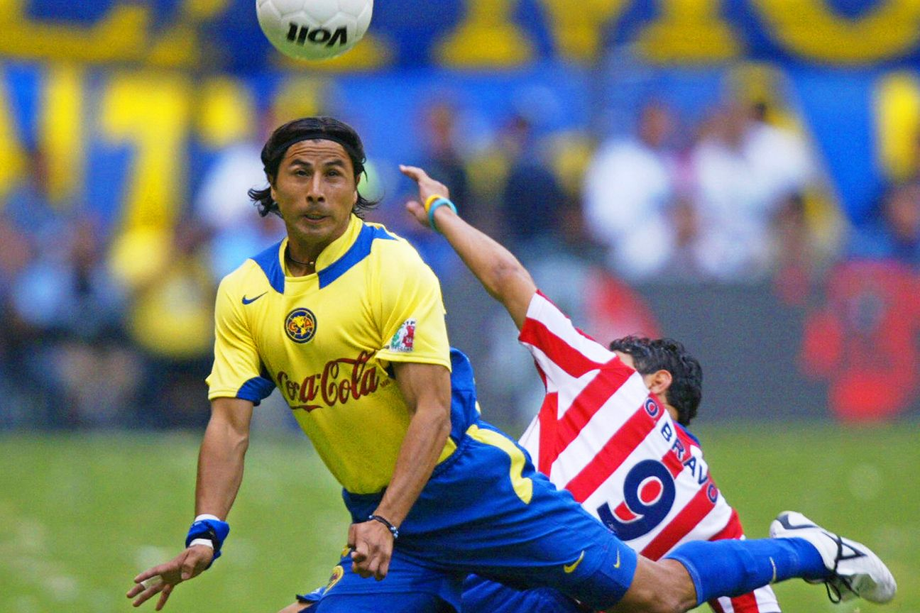 Ricardo Rojas and America battled to a thrilling 3-3 draw with Omar Bravo in Chivas back in March of 2005 at the Estadio Azteca.