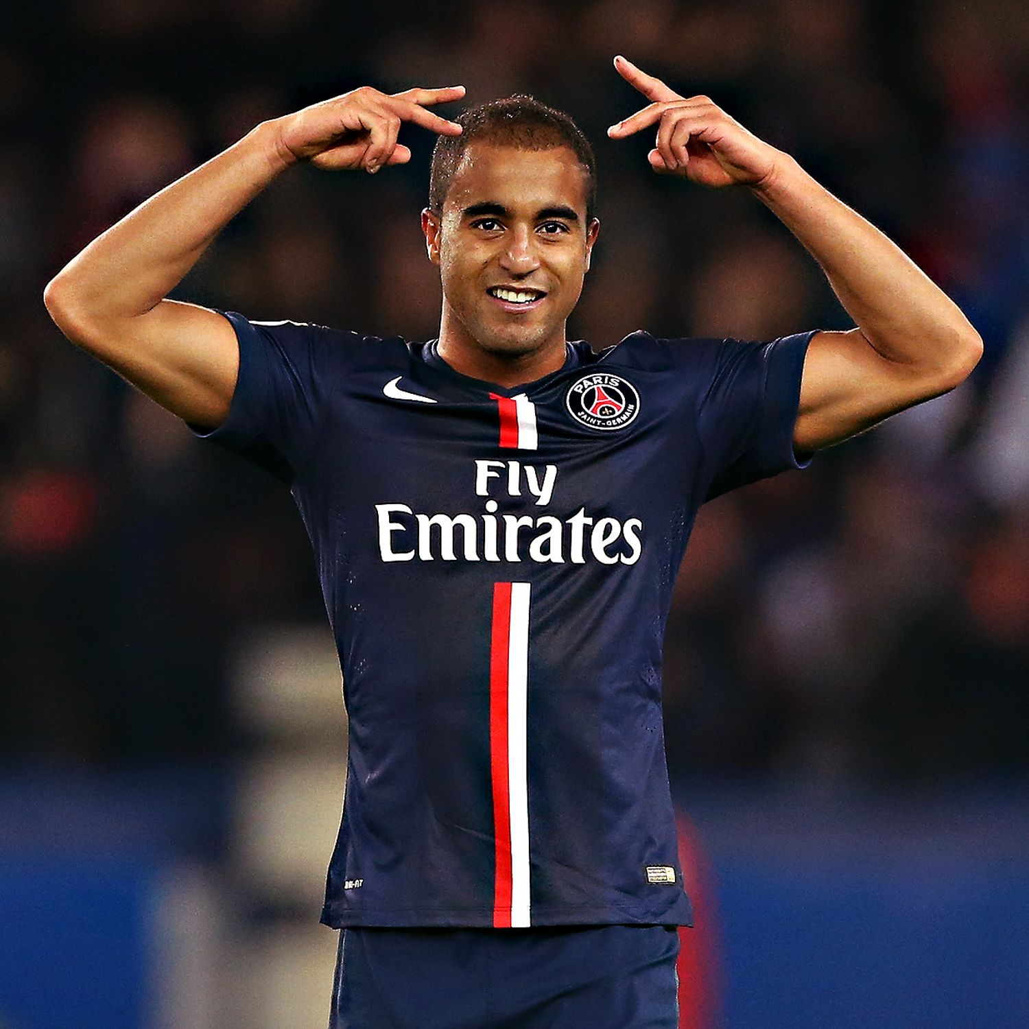 Lucas Moura To Miss PSG's Next Six Matches At Least After