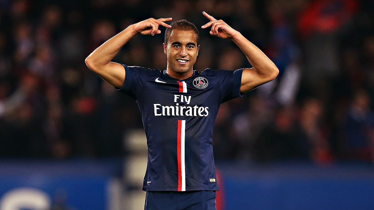 Paris St Germain Lucas Moura and Edinson Cavani led the line vs