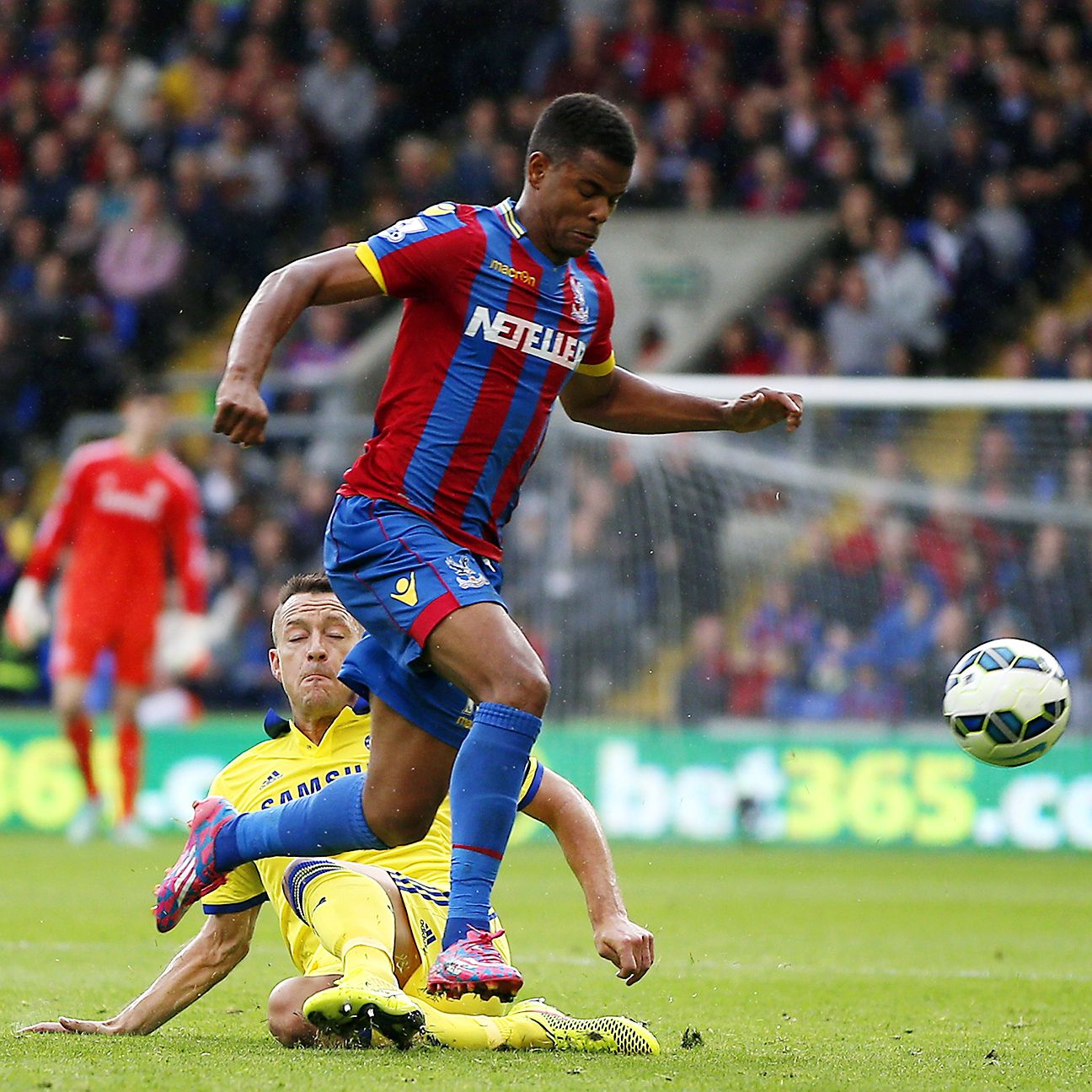 Fraizer Campbell may draw the ire of some fans, but he has been a workhorse up top as the lone striker for Crystal Palace this season.