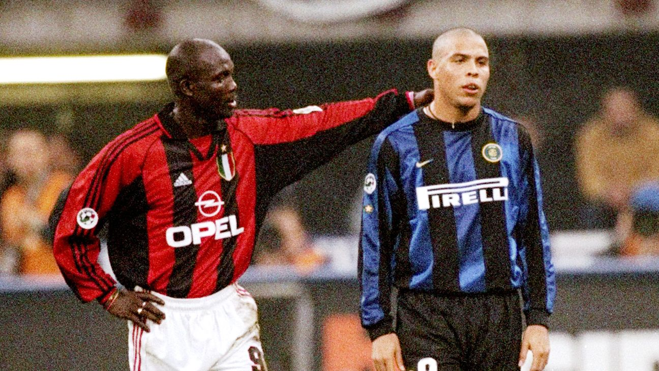 George Weah of Milan with Ronaldo of Inter