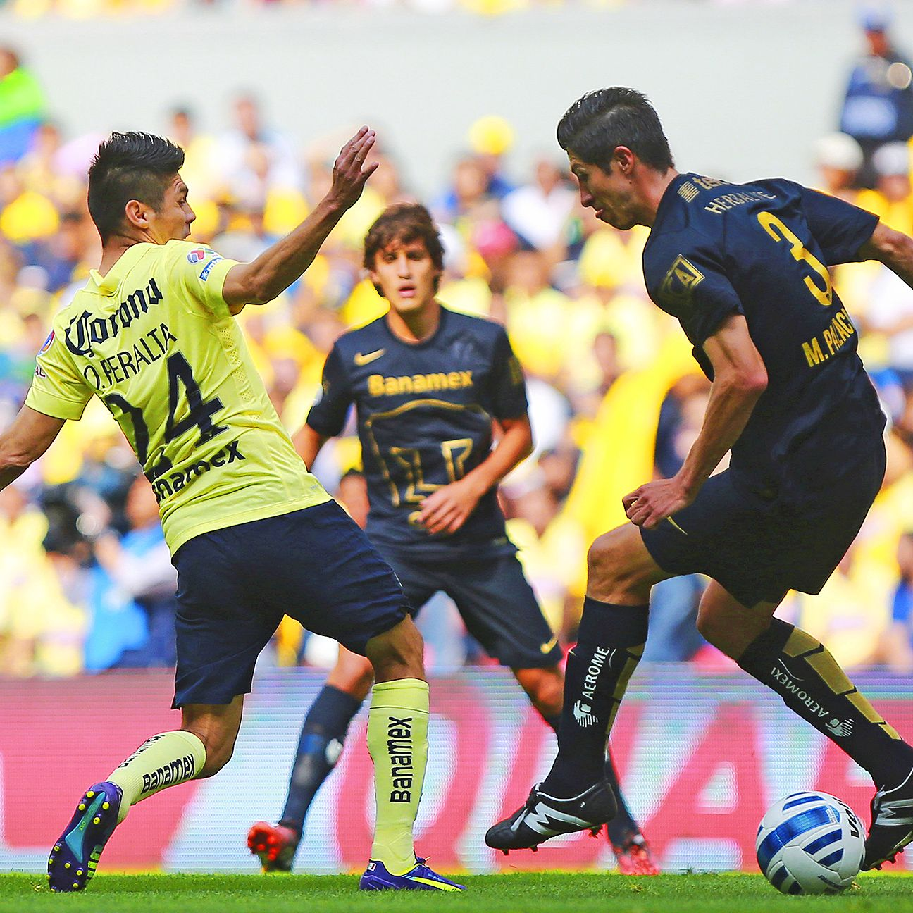 Oribe Peralta, left, and top seed Club America will have their hands full with a Pumas side that have already won at the Azteca Stadium earlier this year.