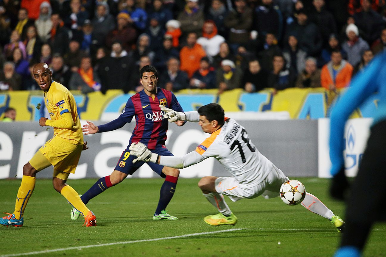 Luis Suarez got Barcelona rolling early against Apoel with a finely taken in the 27th minute.