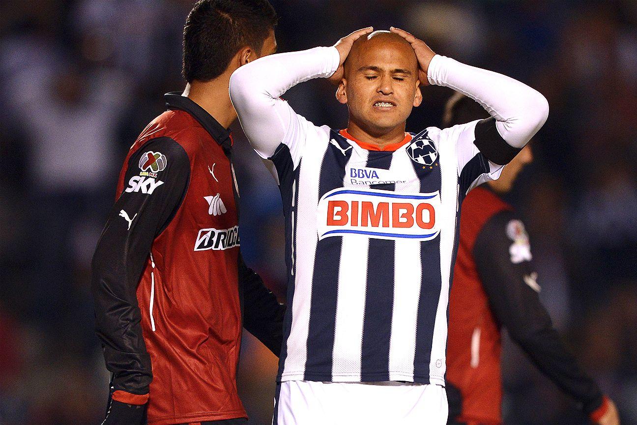 Humberto Suazo's penalty miss doomed Monterrey against Atlas.