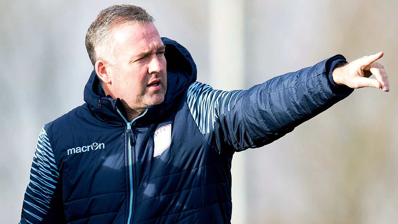 Supporters' confidence in Aston Villa manager Paul Lambert has all but run out.