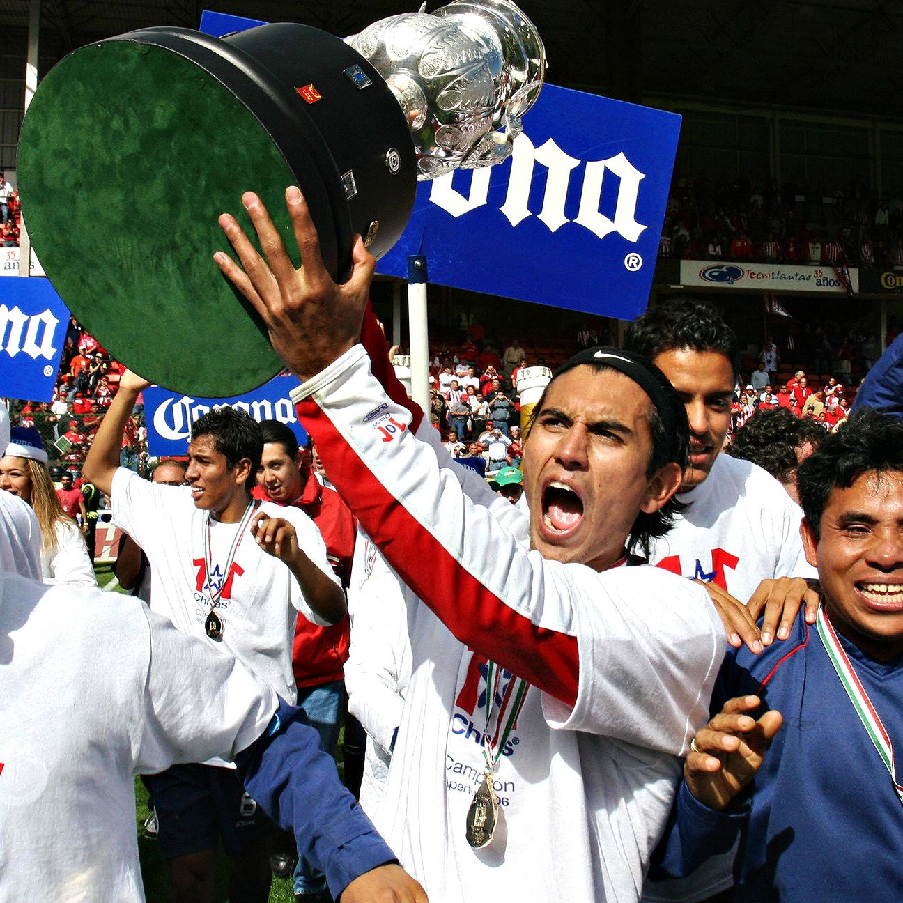 Chivas fans have to go back to the 2006 Apertura to find the last time the Guadalajara side won a Liga MX title.