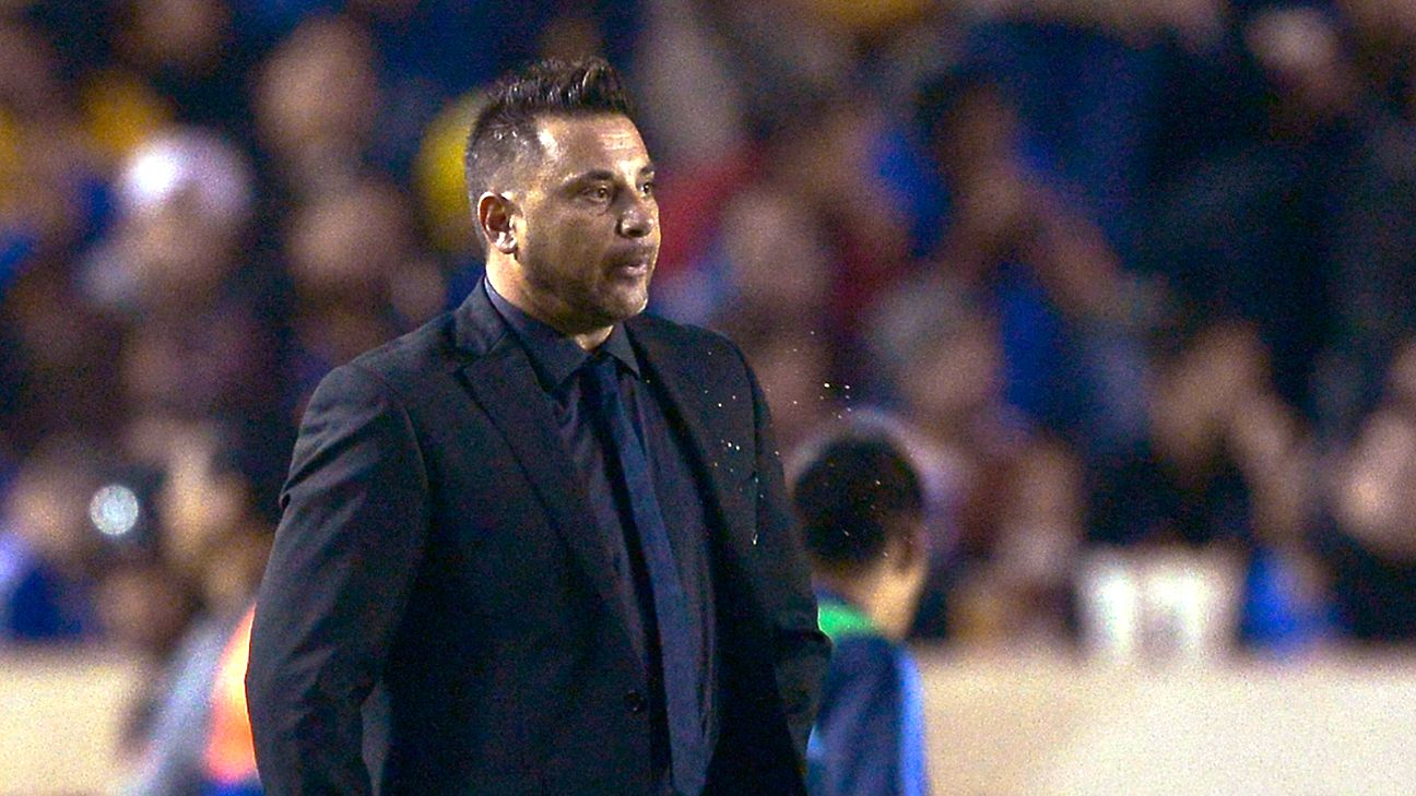 Maligned by some America fans, head coach Antonio Mohamed still has a chance to go out a winner should Las Aguilas prevail in Sunday's Liga MX final return leg.