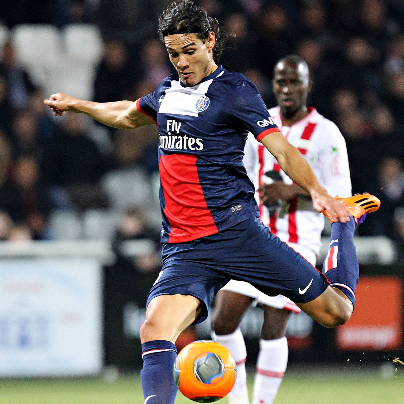 Edinson Cavani should have plenty of chances to rediscover his goal-scoring form versus Ajaccio.