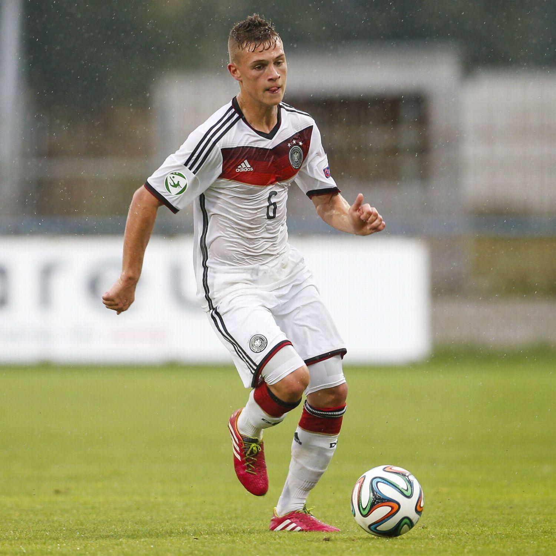 Joshua Kimmich relief for Bayern Munich after De Jong foul - ESPN FC