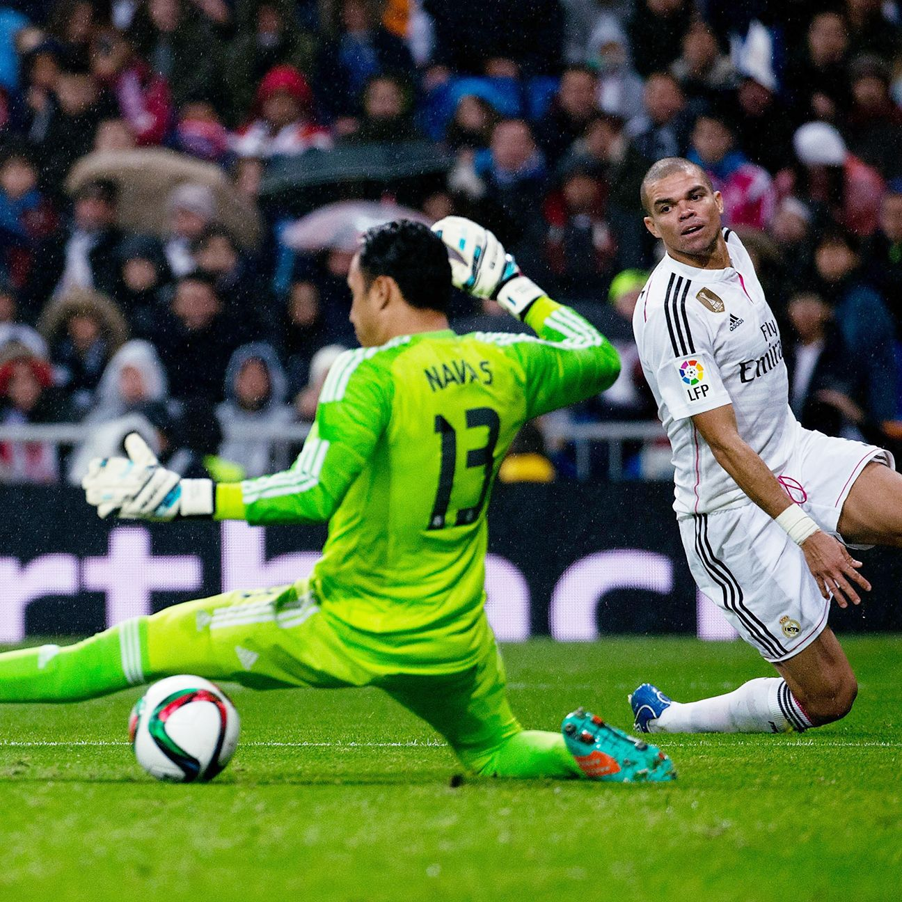 Pepe could only watch helplessly after sliding past Fernando Torres, who all but sealed Real Madrid's Copa del Rey fate with an early second half goal.