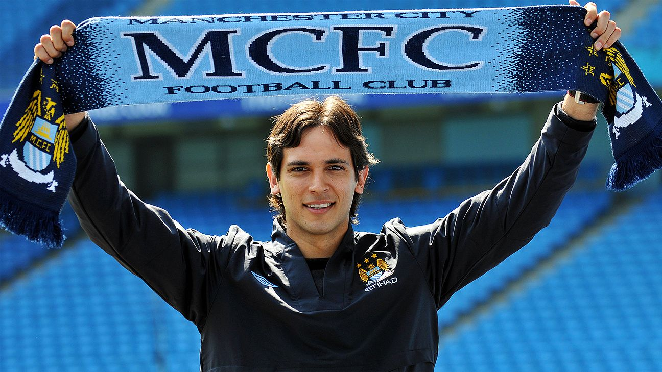 Roque Santa Cruz's ballyhooed arrival to Manchester City ended with the Paraguayan being loaned out three separate times.