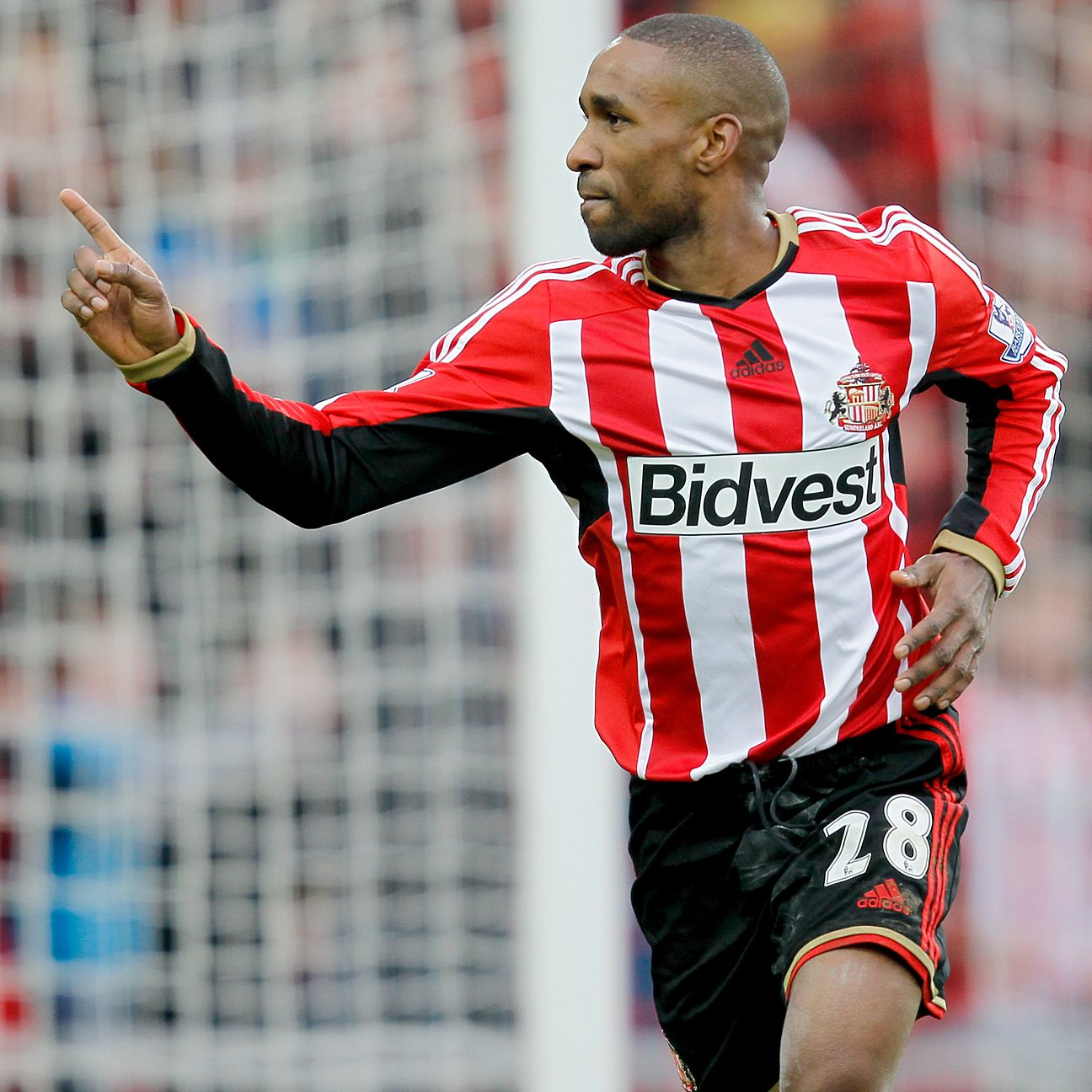 A proven Premier League striker like Sunderland's Jermain Defoe would tick all the boxes for Southampton.