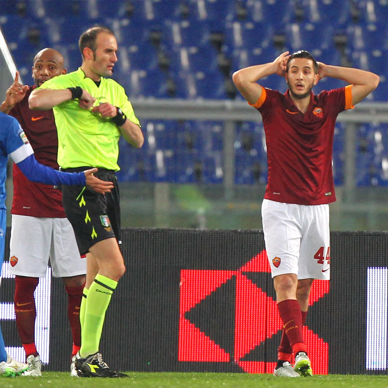 Kostas Manolas' first half red card summed up Roma's frustration on the day versus Empoli.