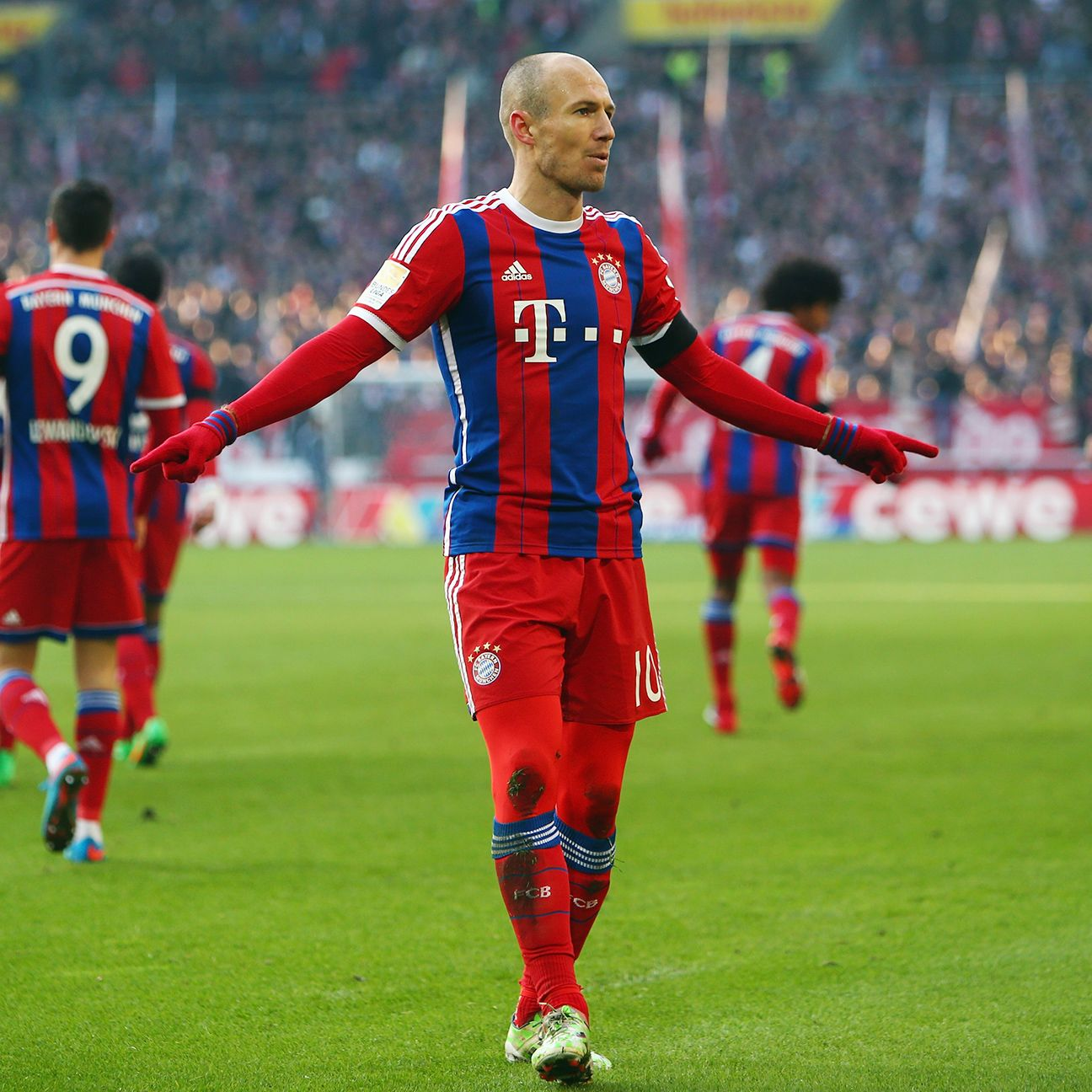 Bayern's mini-crisis came to an abrupt halt thanks to Arjen Robben's first-half wonder strike at Stuttgart.